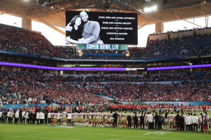 NFL rinde homenaje a Kobe Bryant