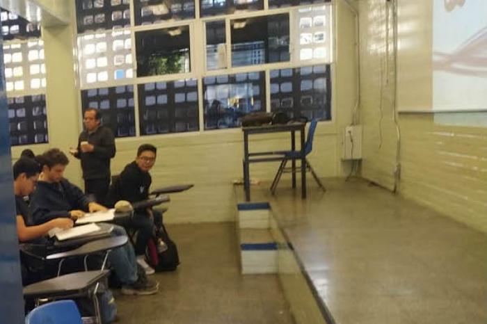 Reanuda actividades la preparatoria 6 de la UNAM