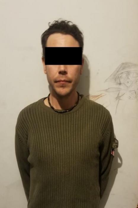 Detienen a 7 con marihuana y cristal, uno podría ser hermano de Diego Santoy
