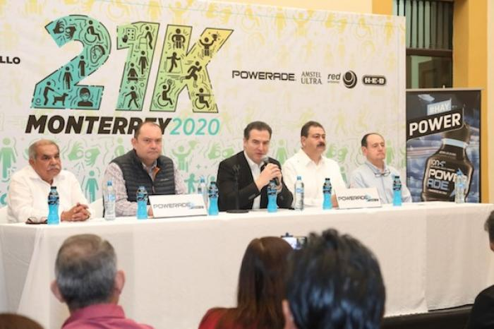 """Invita Monterrey a participar al """"Medio Maratón 21K"""" con causa"""