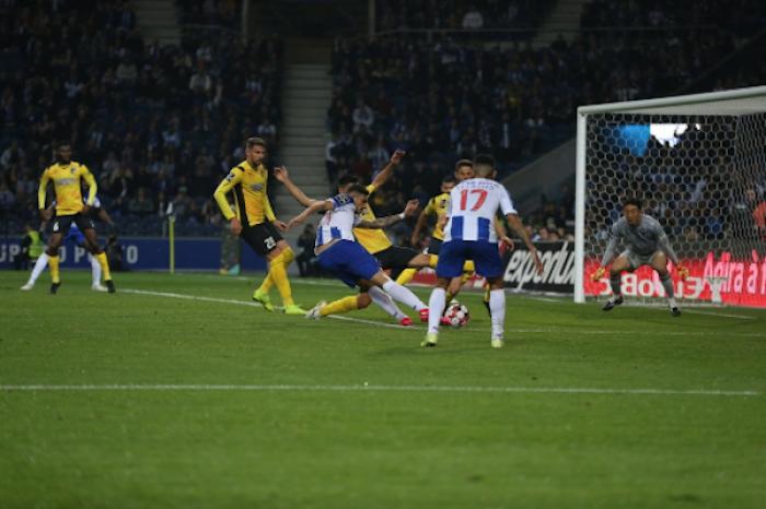 Porto derrota 1-0 al Portimonense, tecatito jugó de titular