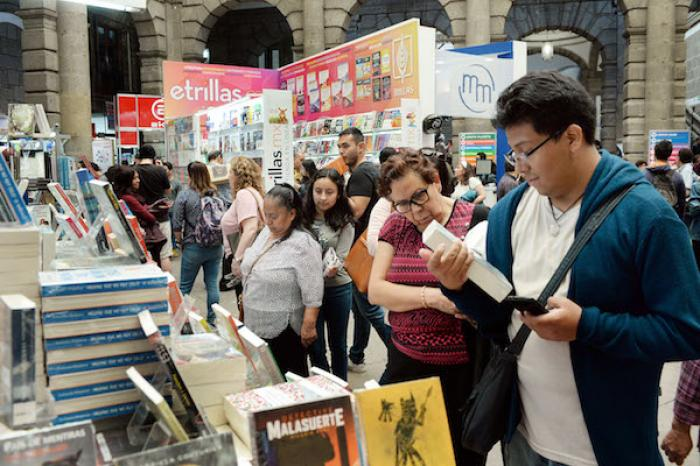 Cerca de 137 mil personas asistieron a la Feria Internacional del Libro de Minería