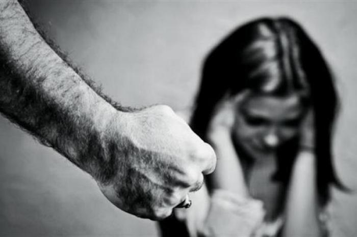 Aumentan casos de violencia doméstica en Japón