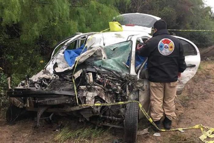 Fatal accidente deja dos muertos