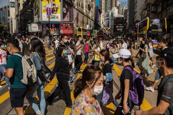 Abrirán economías de varios países; hay 260 mil muertos por pandemia
