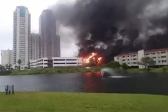 Alerta en Isla del Padre por incendio de condominios