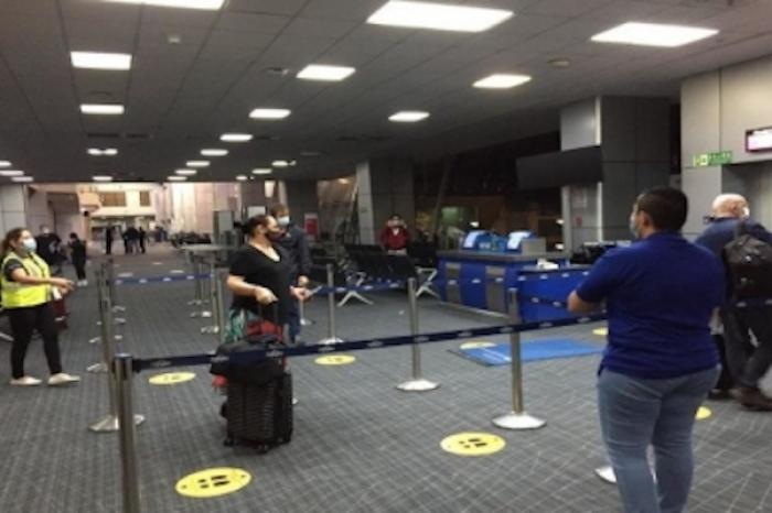 Regresan 26 mexicanos de Panamá; suman 13 mil 206 los repatriados