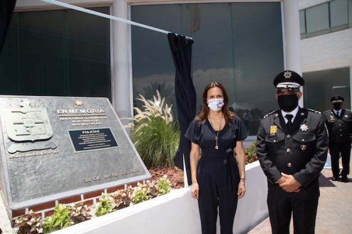 Conmemora Escobedo A Policías Que Dieron Su Vida En Servicio