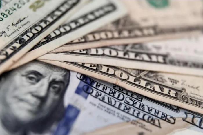 Enfermera de EU gana un millón de dólares en la lotería