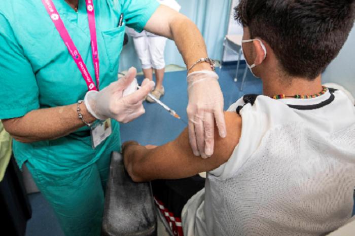 Serán vacunados niños a partir de los 3 años con Sinopharm en Emiratos Árabes Unidos