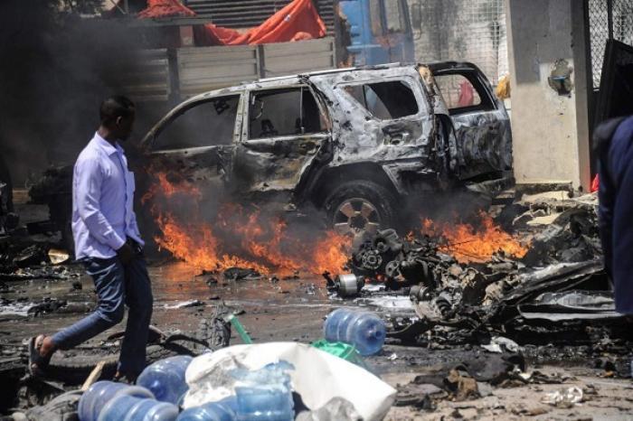 Cinco muertos tras atentado terrorista con coche bomba en Somalía