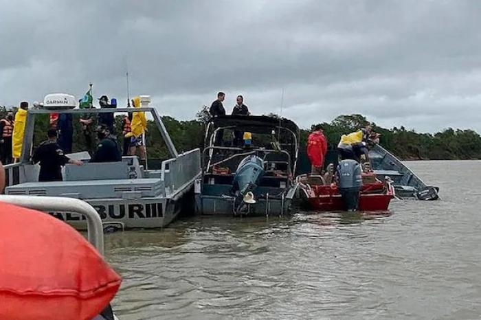 Mueren 7 personas en naufragio de barco-hotel en pantanal brasileño